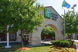 Holiday Inn Express Benton Harbor