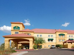 La Quinta Inn & Suites Phoenix I-10 West