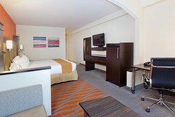 Holiday Inn Express & Suites Dalton