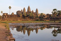 Angkor Wat Tour Guides