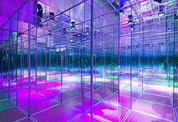 Glass Labyrinth Funhall