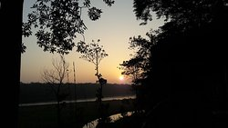 Safari Narayani Hotel in Frontof Chitwan National Park - Ghatgain, Patihani - Chitwan