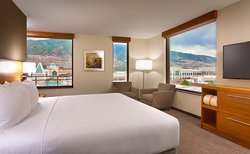 Hyatt Place Salt Lake City / Farmington / Station Park