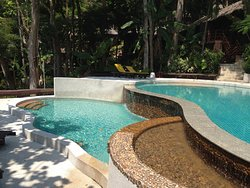 班卡拉庭叢林海灘度假村