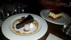 Marquise de chocolate amargo y mil hojas de mucho dulce de leche!!