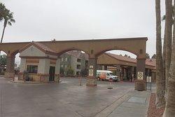 Holiday Inn Desert Club - Main Entrance
