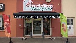 Bruschett'food
