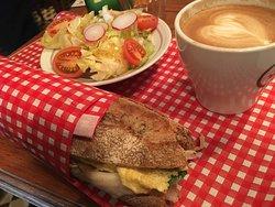 Landwer Cafe - Gan Shmuel