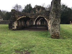 ‪Waverley Abbey‬
