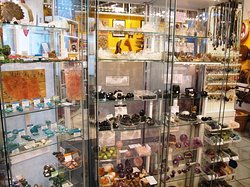 HOZHO Visions Galerie des Premiers Peuples