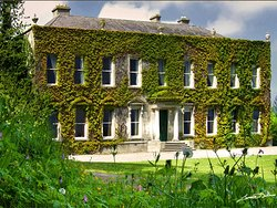 Cabinteely House