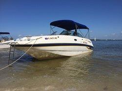Captain Manni's Executive Boat Rentals