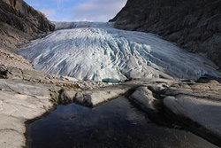 Haugabreen Glacier walk
