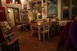 cafe interior (God Jul!)