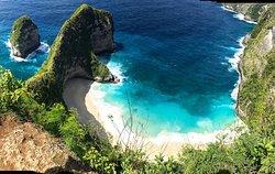 努萨培尼达岛