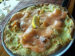 Pizza Salmon.