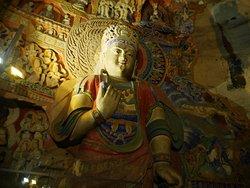 Tan Mei Kee Nuns Statues