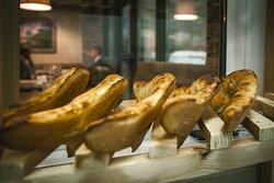 Снарядим Вас и Ваших домашних вкуснейшим свежеиспесченным хлебом с собой
