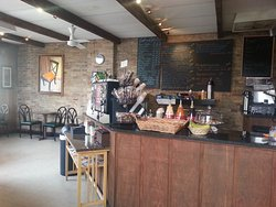 Domani Cafe