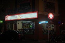 De' Truly Malaysian Cafe