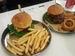 Rocky's Burger