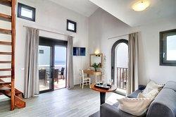 Myrtos Mare Suites