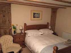 Old Home Cottage Bed and Breakfast