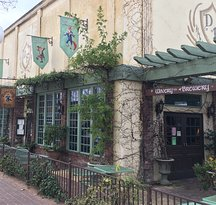 The Dancing Fox Winery, Brewery, Bakery & Restaurant