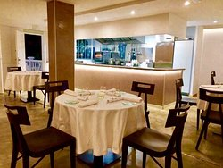 Restaurante Acuatromanos