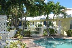 Bahama Beach Club Apartments