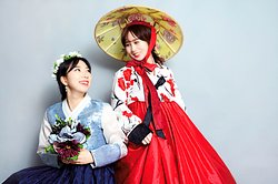 Flowery Hanbok Studio