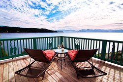 Sooke Harbour House Resort Hotel