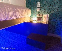 The Cocon Suspendu Deluxe Room at The Five Hotel