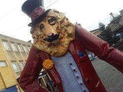 Dandy Lion Statue