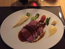 Simplemente maravilloso!!!! Los apreciadores de la buena cocina y atención al detalle tienen que probarlo...