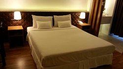 โรงแรม วีวา