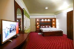 Mewakhola Hill Resort