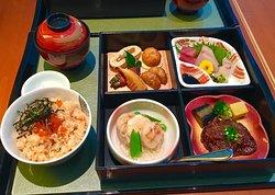 Japanese Dining Komu