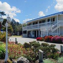 Coast Inn & Spa