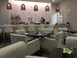 Moena Cafe