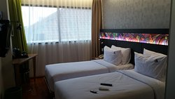 Maxone Hotel Dharmahusada - Surabaya