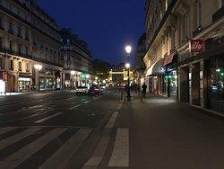 De Louvres Hotel Paris