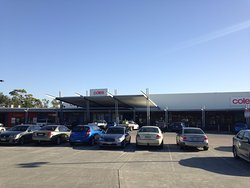 Tanilba Bay Shopping Centre