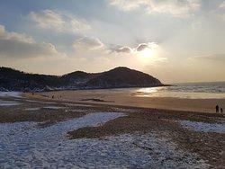 Eulwangni Beach