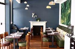 Queens Cafe Bistro