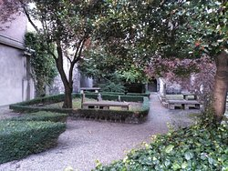 Huguenot Cemetery