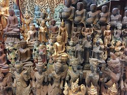 Aung Nan Myanmar Handicrafts workshop