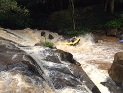 Rafting in the Jaguari river