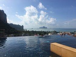 Super resort