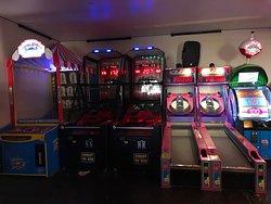 Slam Dunk Pizza Arcade